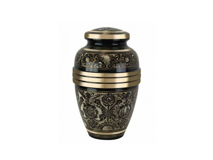 Royal garden urn